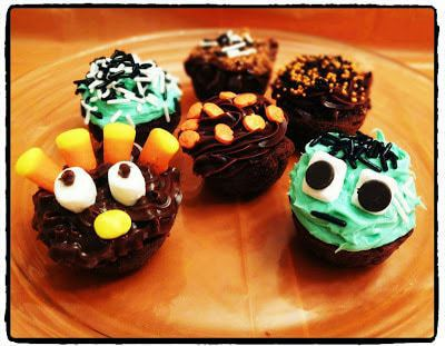 Sugar Bowl Bakery Fall and Halloween Themed Petite Brownie Bites