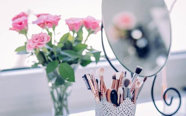 3 Tips to Simplify Your Makeup Routine