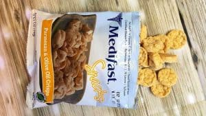 Medifast APPLE CINNAMON CRISPS or the PARMESAN & OLIVE OIL CRISPS