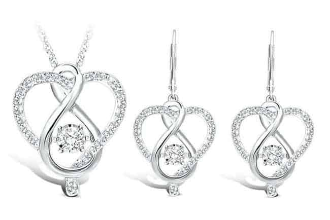My Gift Stop Sterling Silver 1-20 Ct.Tw. Moving Diamond Heart Jewelry Set