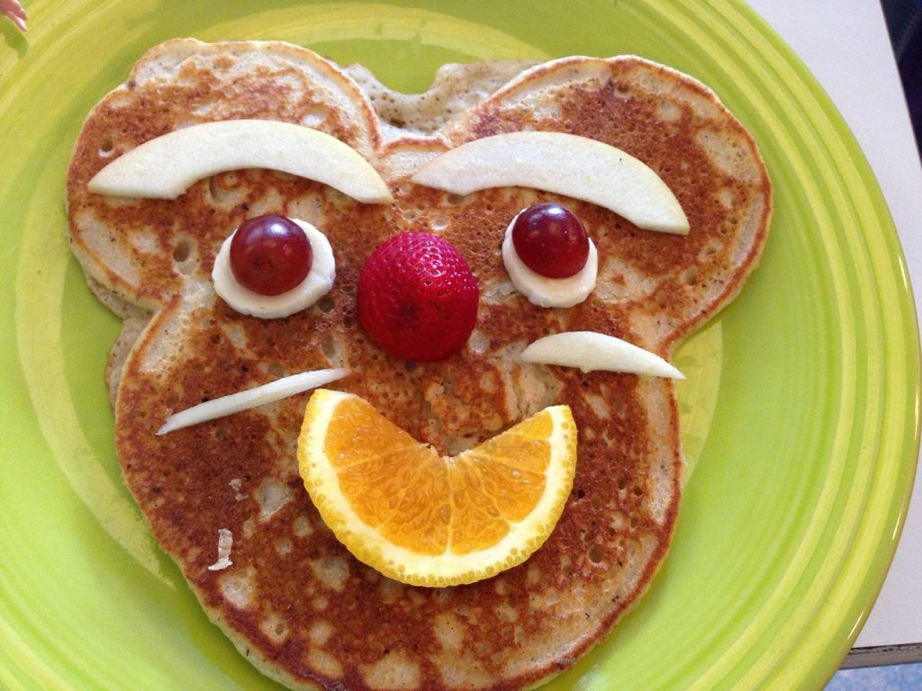 Eat a healthy fruit pancake breakfast for kids during summer