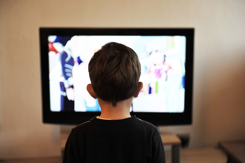 Schedule tv time to Keep Kids Active this Summer